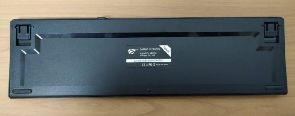 Havit メカニカルキーボード「HV KB395L JP」の背面ゴム