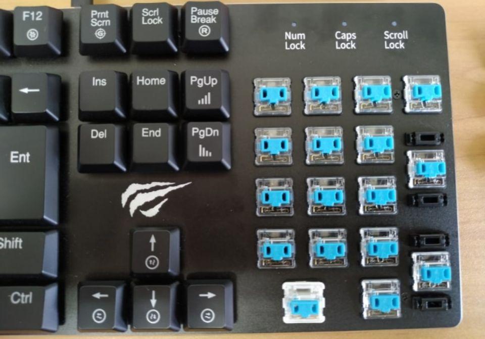 Havit メカニカルキーボード「HV KB395L JP」の 掃除
