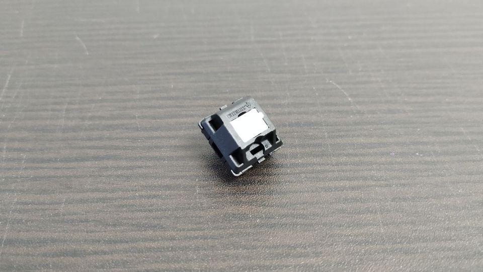 メカニカルキーボードのCherry MX 白軸