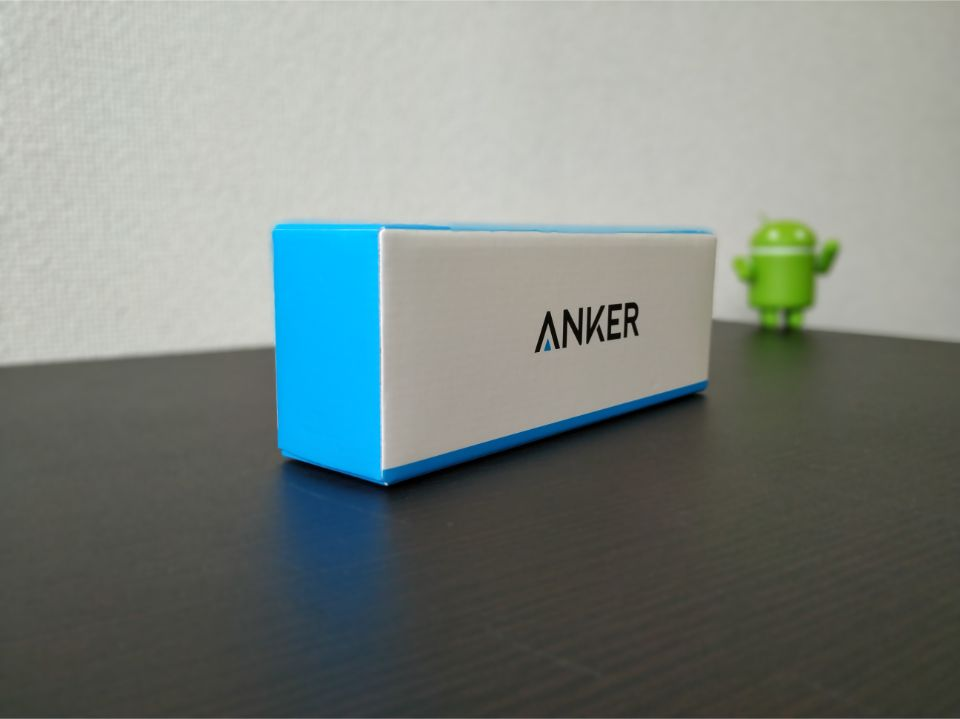 Anker「PowerCore 20100」の外箱