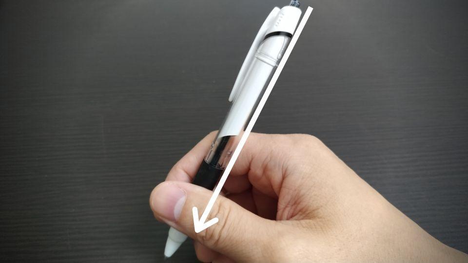 ボールペンの持ち方や握り方のポイント 角度を意識