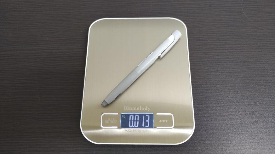 ゼブラ「ブレン」のデザイン「重量」