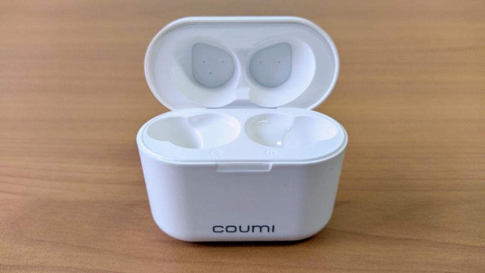 COUMI「Ear Soul TWS-817A」の開閉
