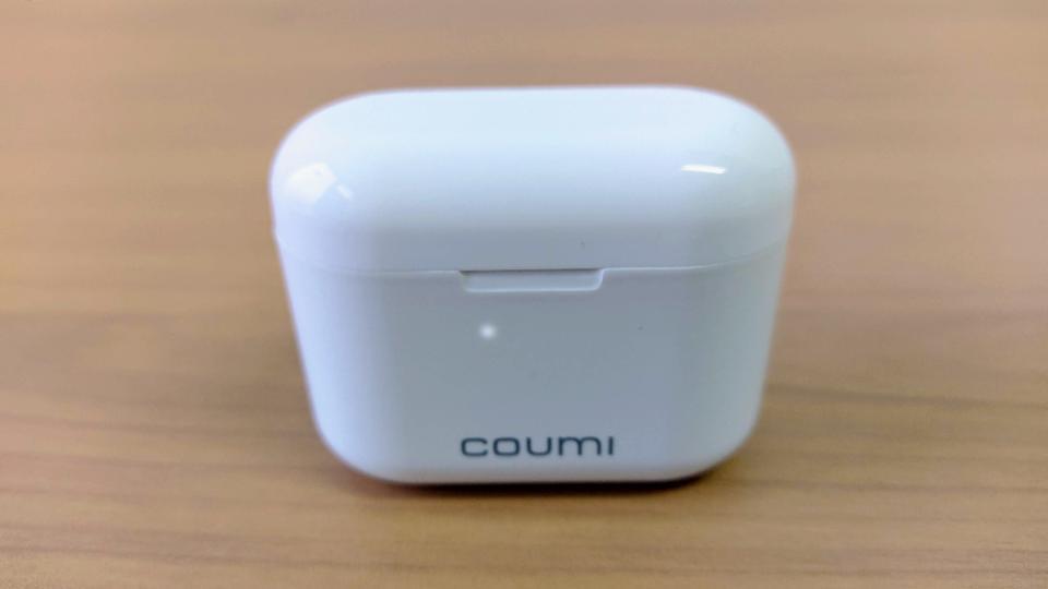COUMI「Ear Soul TWS-817A」のケースLED