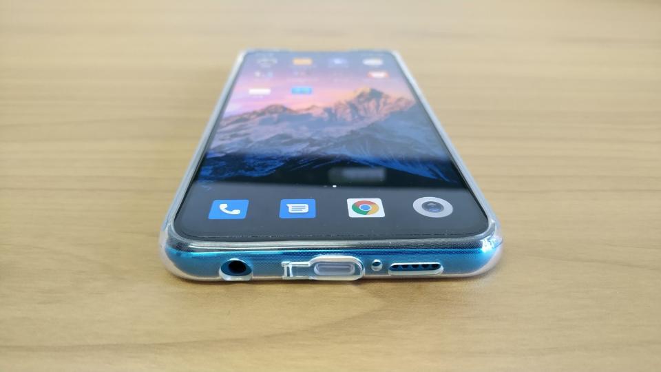 Xiaomi「Redmi Note 9S」の「ケース装着時」