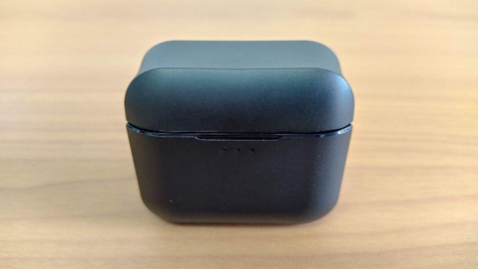 JPRiDE「TWS-520」の「充電ケース」