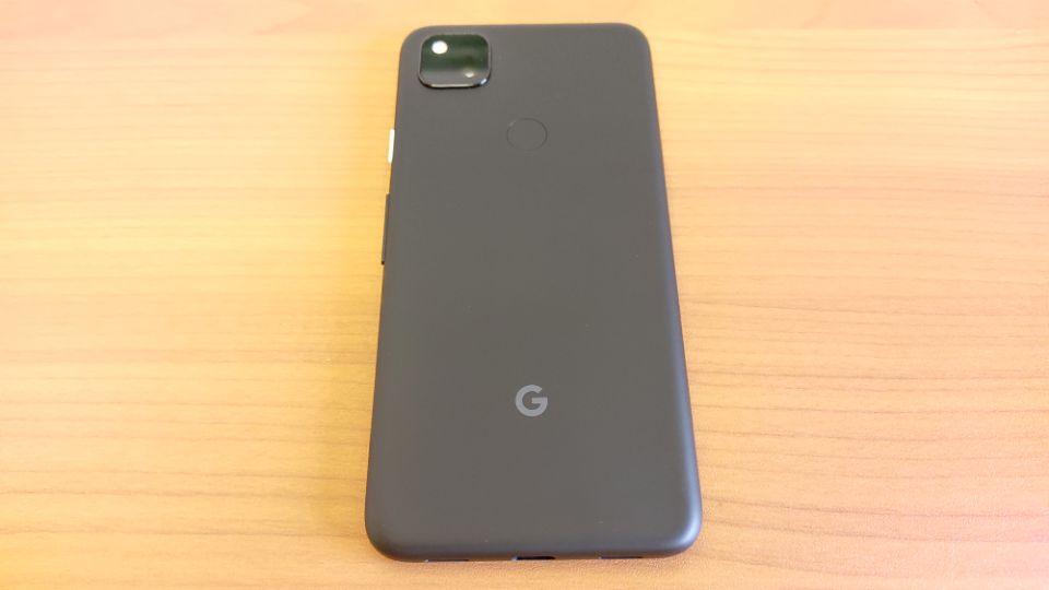 「Google Pixel 4a」の背面
