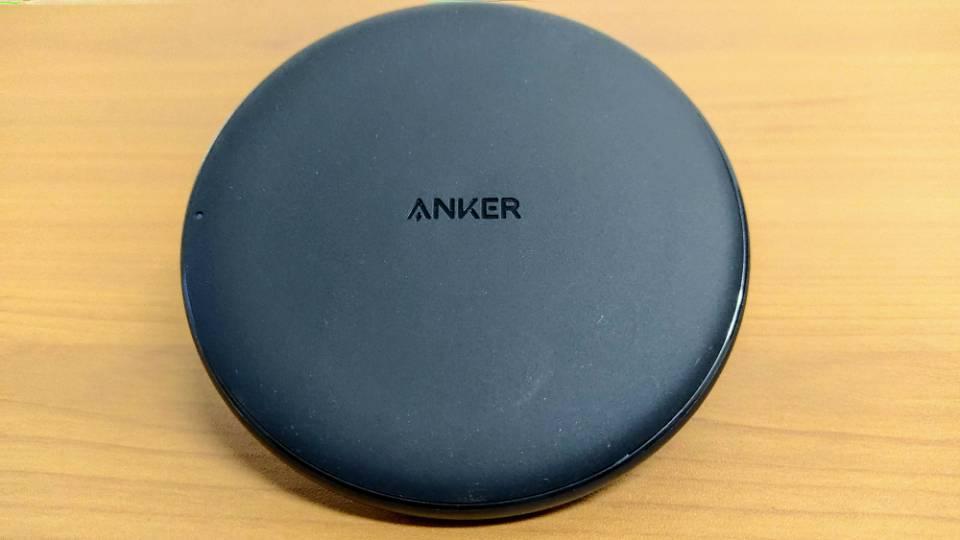 Anker「PowerWave 10 Pad」改善版の本体