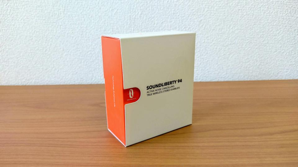 TaoTronics「SoundLiberty 94」の外箱