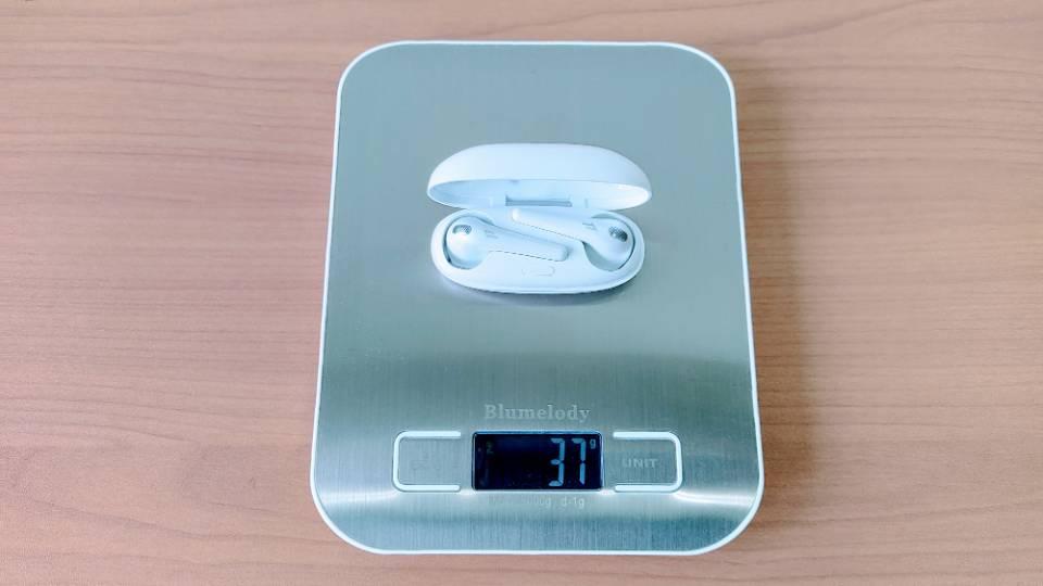 1MORE「ComfoBuds」の本体+充電ケース重量