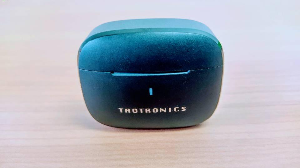 TaoTronics「SoundLiberty 97」の充電ケース