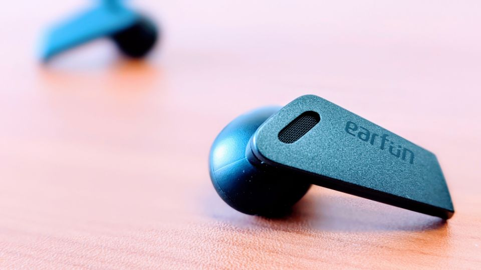 「EarFun Air Pro」のイヤホン
