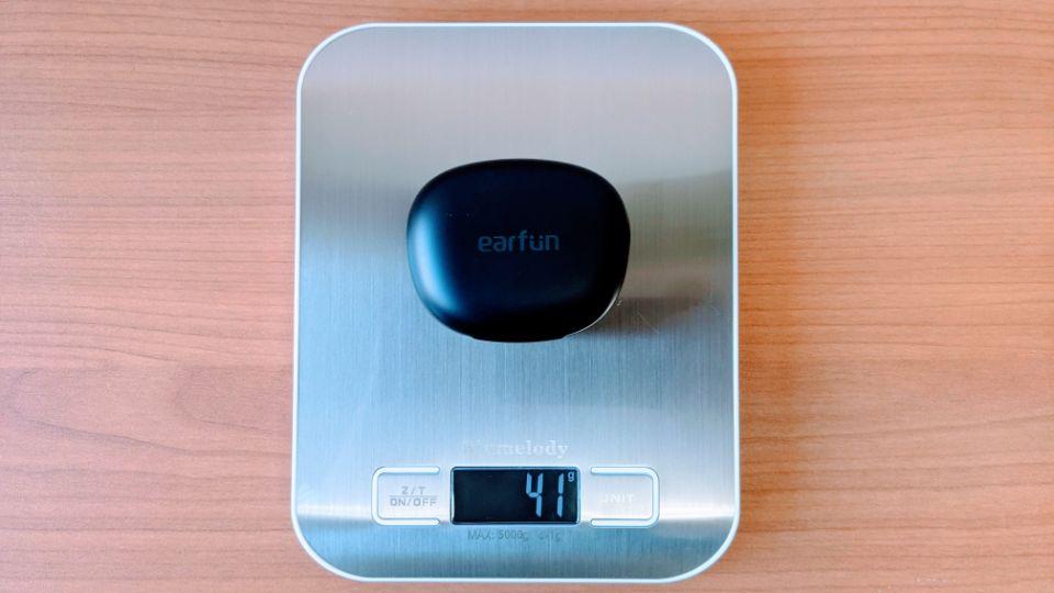 「EarFun Air Pro」の充電ケース重量